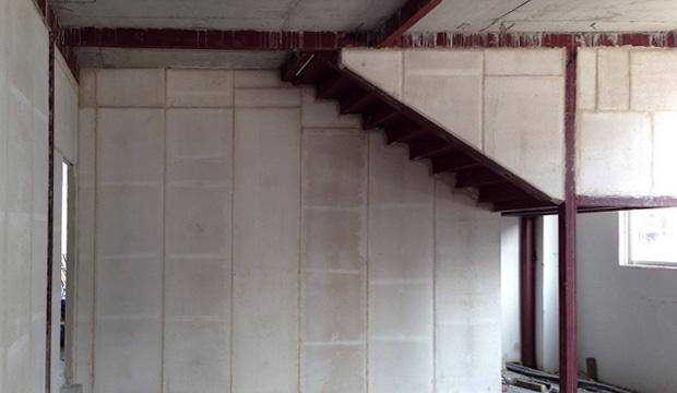 复式楼隔墙案例